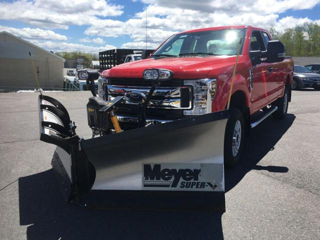 Central Maine Motors >> Pre Owned 2018 Ford Super Duty F 250 Srw Xl 4wd Supercab 6 75 Box