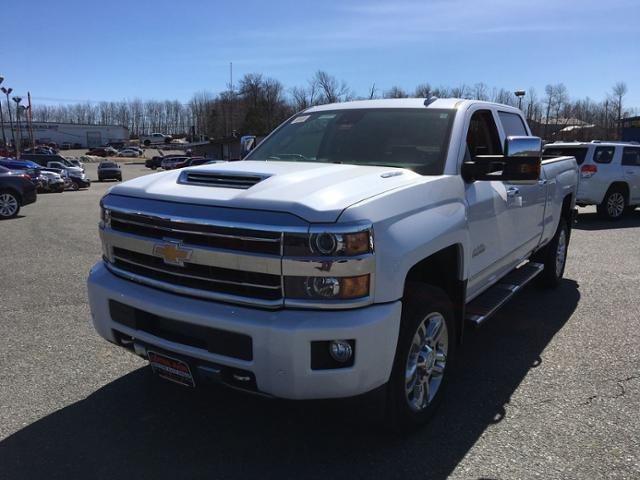 New 2019 Chevrolet Silverado 2500HD 4WD Crew Cab 153.7 High Country