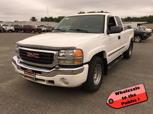 Pre-Owned 2006 GMC Sierra 1500 Ext Cab 143.5 WB 4WD SLE1