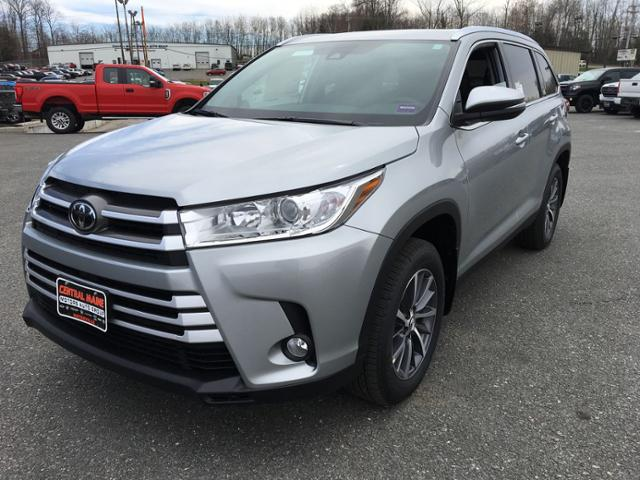 Central Maine Motors >> New 2019 Toyota Highlander Xle V6 Awd With Navigation Awd