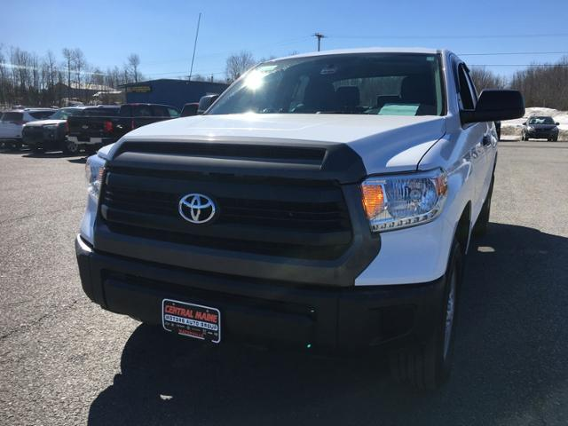 Pre-Owned 2016 Toyota Tundra 4WD Double Cab 4.6L V8 6-Spd AT SR