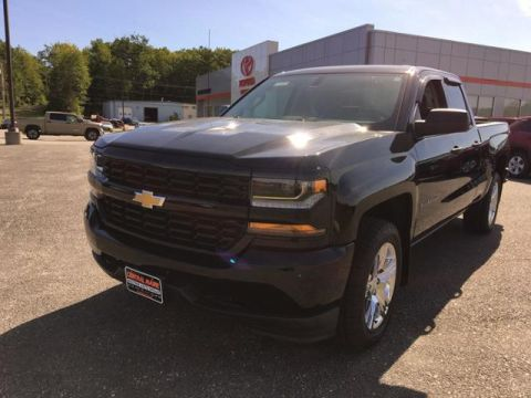 2016 Chevrolet Silverado 1500 4WD Double Cab 143.5 Custom