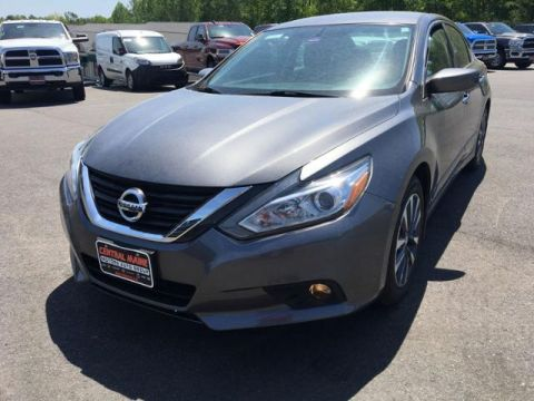 Pre-Owned 2016 Nissan Altima 4dr Sdn I4 2.5 SV FWD 4dr Car