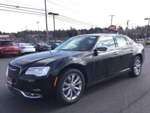New 2018 Chrysler 300 Limited AWD
