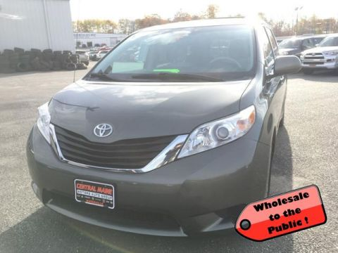 Pre-Owned 2011 Toyota Sienna 5dr 8-Pass Van V6 LE FWD