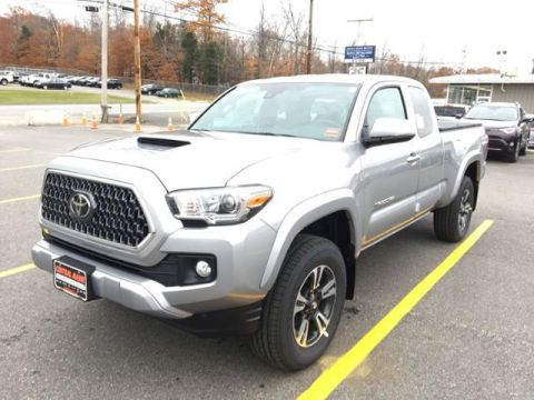 New 2019 Toyota Tacoma 4WD TRD Sport Access Cab 6' Bed V6 AT