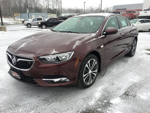 New 2019 Buick Regal Sportback 4dr Sdn Preferred II AWD