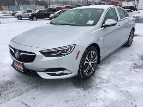 New 2019 Buick Regal Sportback 4dr Sdn Essence AWD